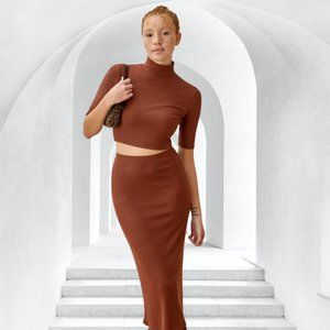 Reformation Leyla Burgundy Ribbed Quarter Sleeve Top